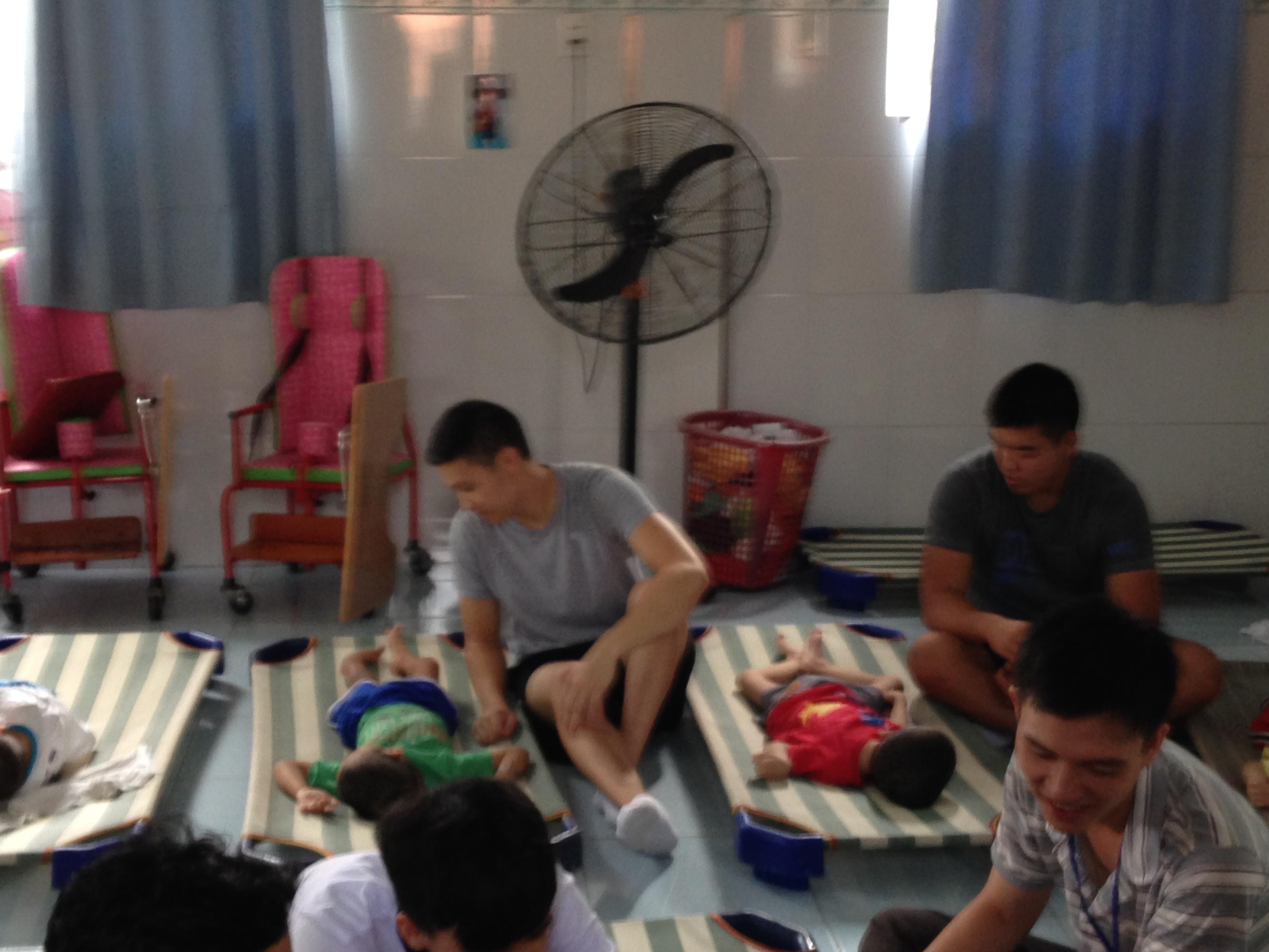 vietnamese volunteer